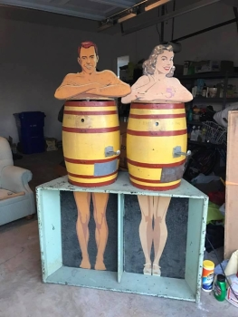 1956 Exhibit Supply Peep Show Barrels - US Import
