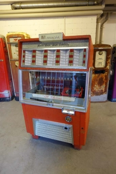AMi F-120 Jukebox US-Import