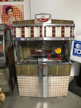 AMi E-120 Jukebox US-Import