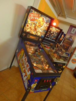 DATA EAST Tales from the Crypt Pinball