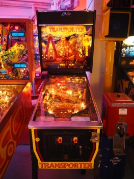 Bally Transporter The Rescue Pinball Flipper - US Import
