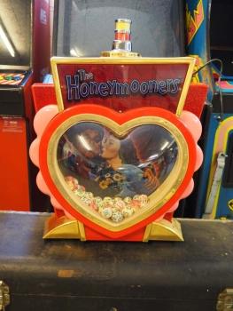 The Honeymooners Slot Machine