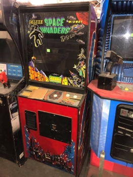 2x Midway Space Invaders Deluxe Arcade Videospielautomaten - US Import