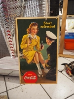 1943er Coca-Cola Cardboard Sign Start refreshed mit Judy Garland - US Import