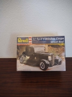 Revell 1932 Ford 3-Windows Coupe Street Rod 1:25 Modellbausatz