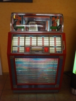 Seeburg M100B Jukebox - US Import